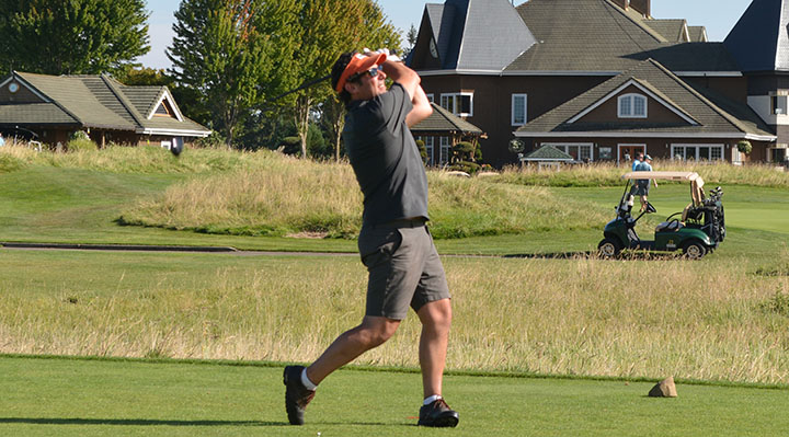 Brian Solodky fires (2015 WCCA golf 25-Aug) WEB