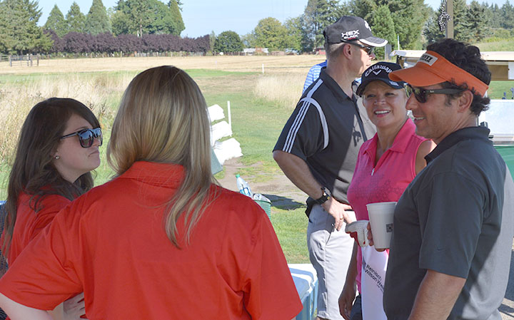 Socializing with Team Target (2015 WCCA golf 25-Aug) WEB
